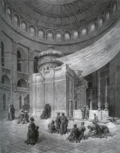 Pyhän haudan kappeli Jerusalemin Pyhän haudan kirkossa on muuttanut muotoaan useaan kertaan. Sen ydin on kuitenkin hauta-arkku, josta Jeesuksen sanottiin ylösnousseen. Myös kirkko on kokenut muodonmuutoksia. Nykyinen kirkko on ristiretkeläisten rakentama. Pyhä hauta vertautuu läheisen Kalliomoskeijan kallioon, jolta profeetta Muhammedin sanotaan nousseen taivaaseen, ja Itkumuuriin, joka on jäännös juutalaisten vanhasta Jerusalemin temppelistä. Kolmen uskonnon pyhä paikka ei koskaan voi olla rauhan tyyssija. Jerusalem, kuten koko Lähi-Itä, onkin ollut levoton aina, milloin sitä ei ole hallinnut Rooman tai turkkilaisen ottomaanivaltakunnan rautanyrkki. Ensimmäisen ristiretken osanottajien saapuessa Jerusalemin muureille kaupunki oli vaihtanut omistajaa egyptiläisten ja turkkilaisten kesken useaan kertaan. Kesällä 1099 se oli Kairon kalifin hallussa.